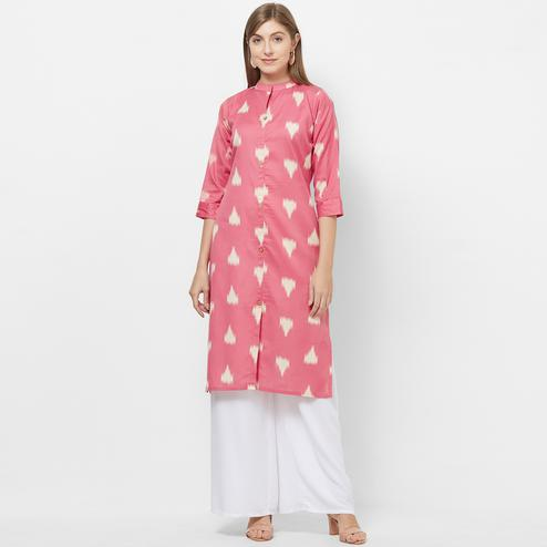 Imposing Pink Colored Casual Printed Cotton Kurti